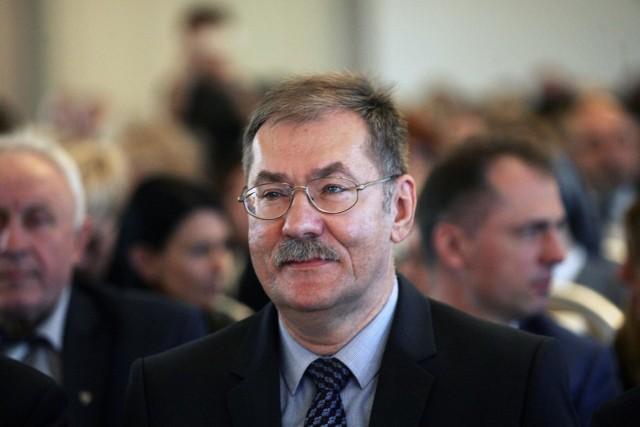 Roman Kowalczyk, dolnośląski kurator oświaty.