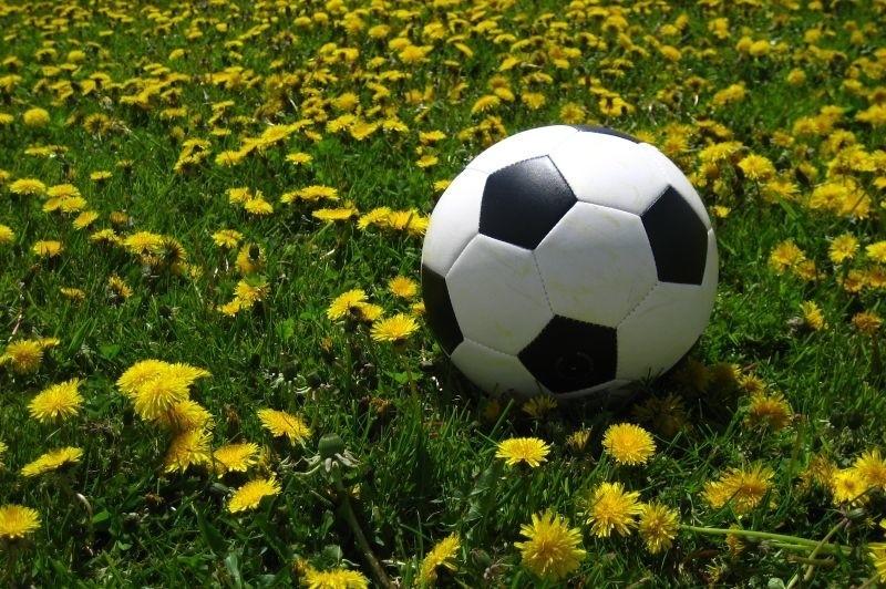 O godzinie 17:30 rozpocznie się losowanie grup na EURO 2012. Dowiemy się, na kogo Polska trafi w wielkiej europejskiej imprezie.