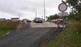 Ostrołęka. Jak się jeździ po moście zastępczym na Narwi w sierpniu 2019 roku: nowe rozwiązanie