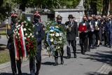 Pogrzeb Bronisława Cieślaka. Kraków żegna uwielbianego aktora. Odtwórca roli porucznika Borewicza spoczął na cmentarzu Podgórskim [ZDJĘCIA]
