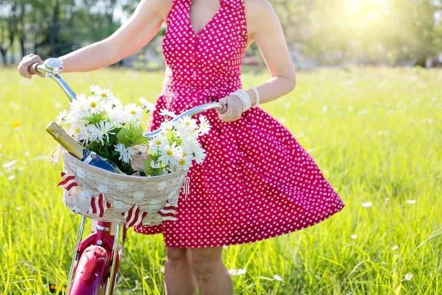 Sukienki na lato w Lidlu. Nowe sukienki w Lidlu - ceny i zdjęcia [KATALOG]