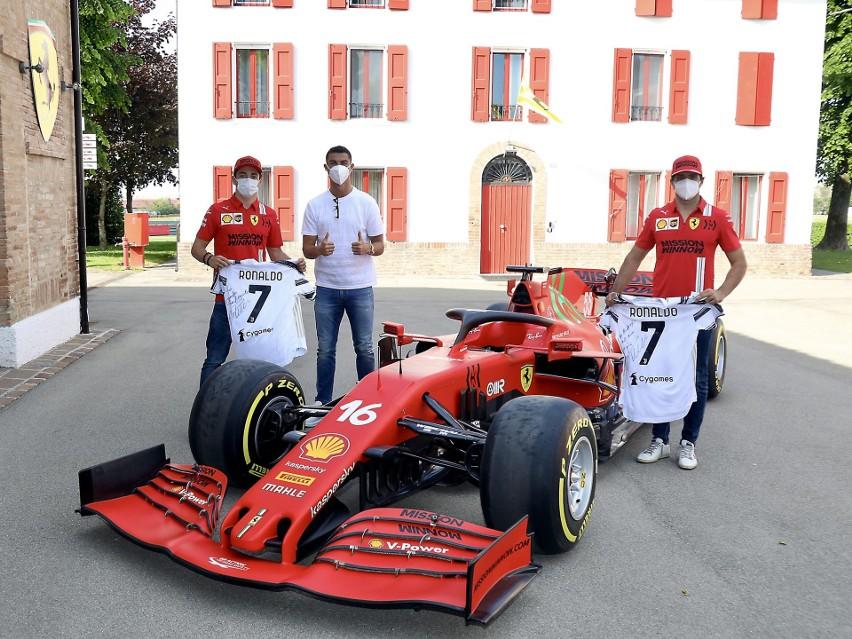 Ronaldo zamiast na trening pojechał do fabryki Ferrari....