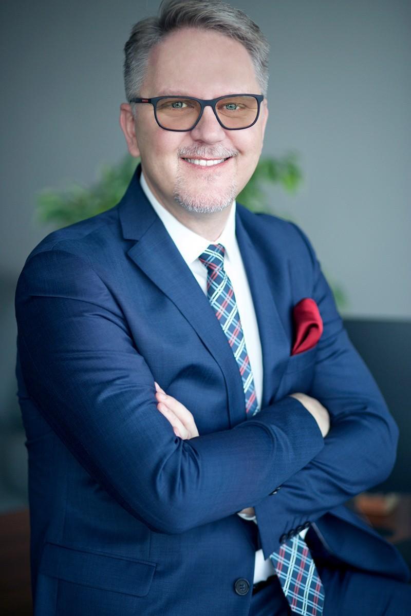 Rafał Pietrasina, prezes zarządu Anwim S.A., operatora sieci...