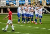 Bałtyk Gdynia zagrał na stadionie miejskim z Jarotą Jarocin. Obchody 90-lecia klubu zwieńczył remisem [ZDJĘCIA]