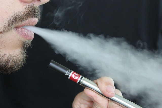 Dopalacze czyli substancje psychoaktywne mają powodować efekty zbliżone do paleniamarihuanyczyopium