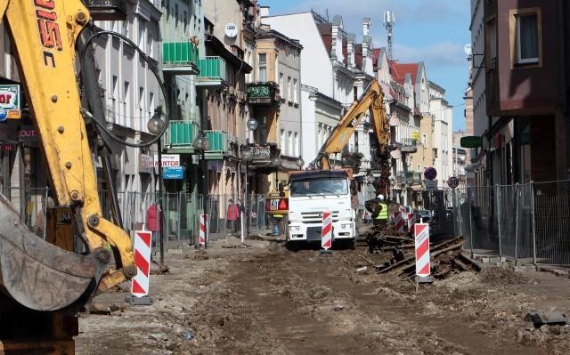 Przetarg na modernizację torowiska oraz kompleksową budowę jezdni i chodników ul. Toruńskiej - na odcinku od Marcinkowskiego do al. 23 Stycznia wygrała firma Strabag Sp. z o.o.