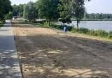 Wędkarze zadbali o groblę na zalewie Klekot (ZDJĘCIA)