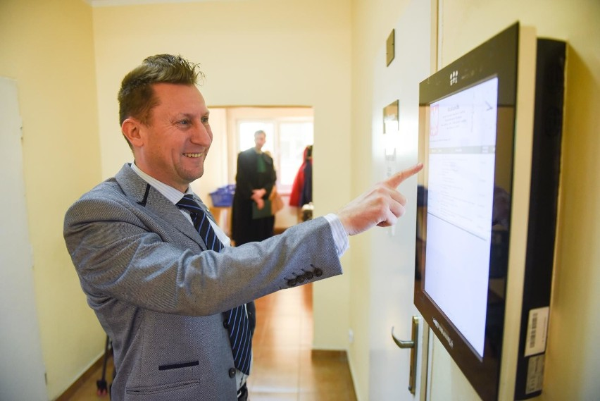 Lokalny polityk SLD, Marek Jopp oskarża uczelnię ojca...