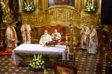 Uroczysta msza święta w intencji rodzin i w obronie życia w katedrze w Kielcach. Przewodniczył jej biskup Jan Piotrowski [ZDJĘCIA, WIDEO]
