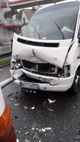 Wypadek na zakopiance w Gaju. Zderzenie dwóch autokarów, są utrudnienia na pasie w kierunku Krakowa