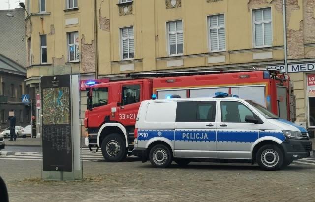 Bielsko-Biała: niewybuch z czasu II wojny światowej na poddaszu kamienicy. Strażacy ewakuowali mieszkańców.Zobacz kolejne zdjęcia. Przesuwaj zdjęcia w prawo - naciśnij strzałkę lub przycisk NASTĘPNE