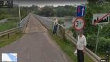 Kamery Google złapały mieszkańców gminy Bobrowice. Znajdziecie się na zdjęciach? Trochę się zmieniło na wsiach na przestrzeni lat