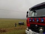 Wypadek na DK 64. Zderzenie dwóch aut, jedno dachowało (zdjęcia)