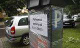 Płatne parkowanie na dwóch kolejnych osiedlach w Rzeszowie. Montaż parkomatów już trwa [ZDJĘCIA]
