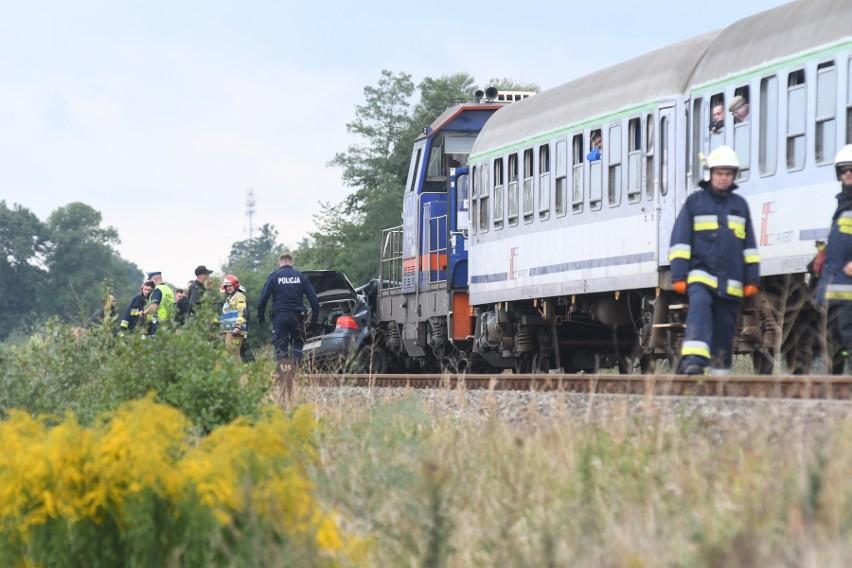 Ofiarą wypadku jest 29-letni policjant.