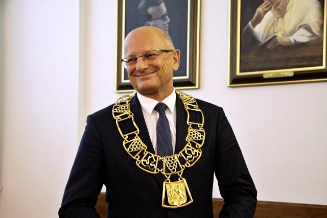 Krzysztof Żuk chwilę po zaprzysiężeniu na trzecią kadencję