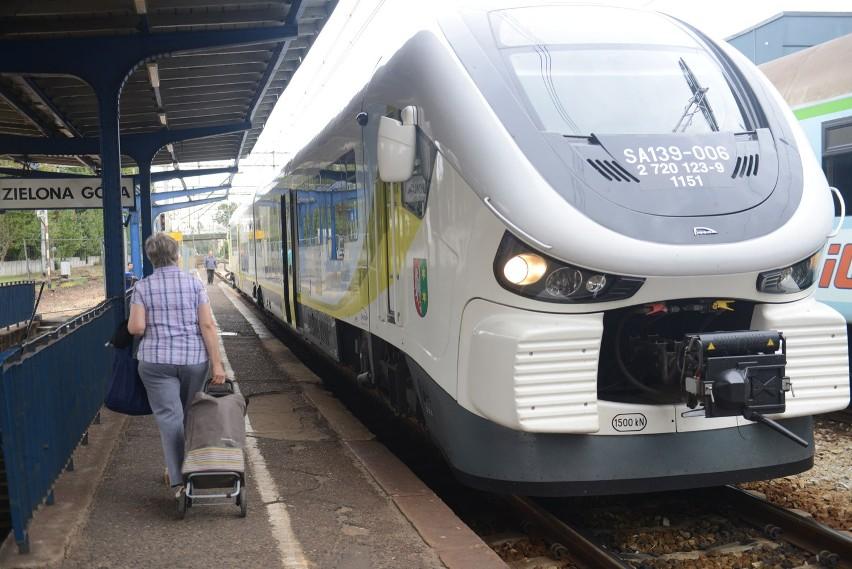 W nowym rozkładzie pociągów PKP Zieona Góra zyskała dodatkow połączenie do Warszawy.