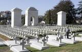Kresowe cmentarze uczą patriotyzmu i... pokory. Zobacz Cmentarz Łyczakowski