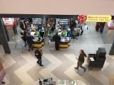 W tych sklepach w Rzeszowie zrobisz całodobowe zakupy. Biedronka, Lidl, Auchan i Kaufland zmieniły godziny otwarcia