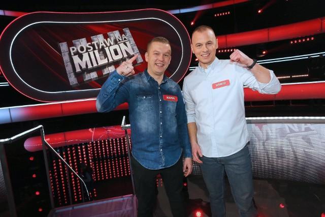 """Marek i Dawid Betin, kuzyni z Kamienia Krajeńskiego, wzięli udział w teleturnieju """"Postaw na milion"""""""