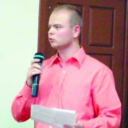 - Poświęciłem tej pracy blisko rok, a teraz odpadłem przez układy rodzinne - tłumaczył Rafał Kowalczyk.