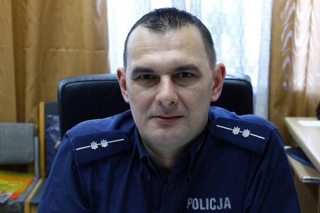 Aby zagłosować na asp. Piotra Zawadowskiego wyślij SMS o treści POLICJANT.29 na numer 7155 (koszt 1.23 zł z VAT)