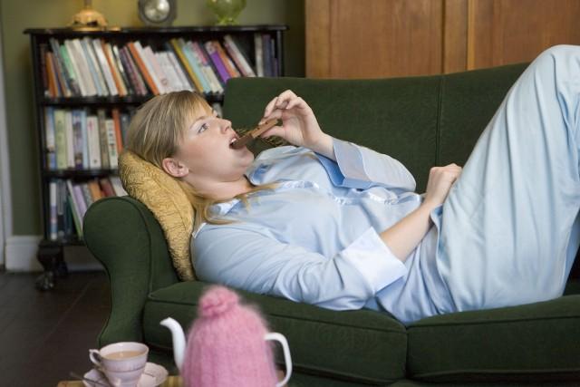 W zespole kompulsywnego jedzenia dochodzi do utraty kontroli na apetytem i epizodów objadania się.