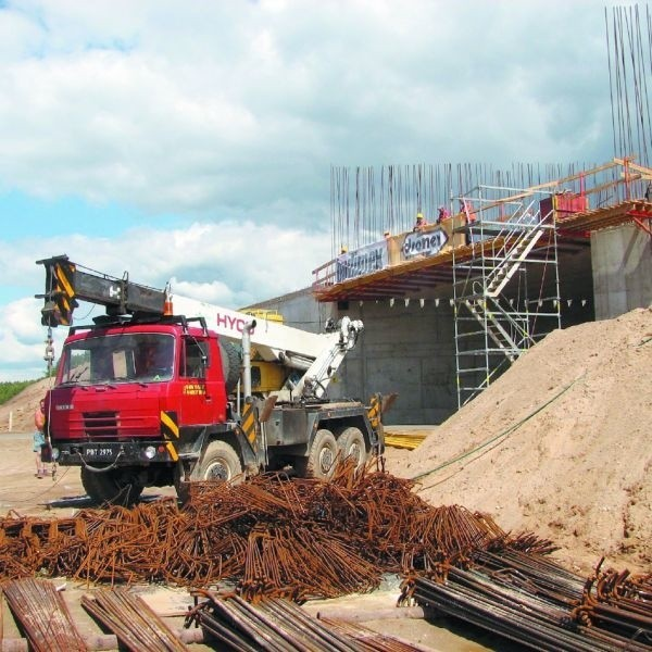 Przedstawiciele GDDKiA zapewniają, że ten, budowany na raczkowskiej drodze węzeł jest wspólny dla wszystkich wariantów przebiegu trasy