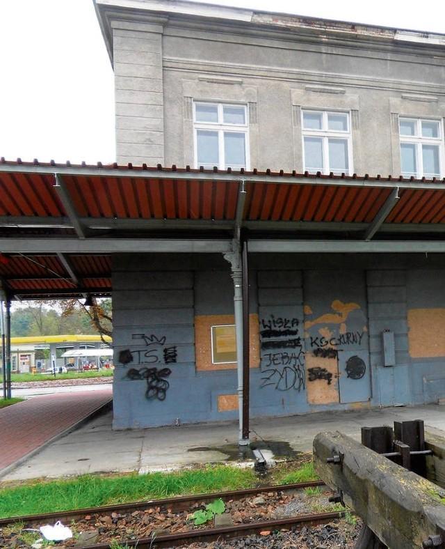 Stan wielickiego dworca jest od wielu lat katastrofalny