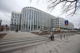 Biurowiec między dworcem PKP a galerią Wroclavia prawie gotowy. Budowa pochłonęła 200 mln zł