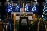 Pogrzeb biskupa Tadeusza Pieronka. Tłumy zgromadziły się w kościele Piotra i Pawła [ZDJĘCIA]