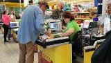 W Biedronce i Lidlu ceny coraz wyższe. Drożyzną w rodziny?