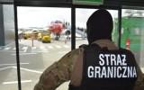 """""""Podniebni chuligani"""" na gdańskim lotnisku. Interweniowały służby"""