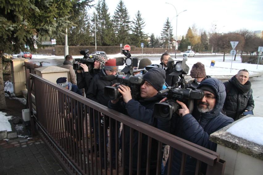 Były rzecznik MON Bartłomiej M., były poseł i cztery inne osoby zatrzymane na zlecenie Prokuratury Okręgowej w Tarnobrzegu!