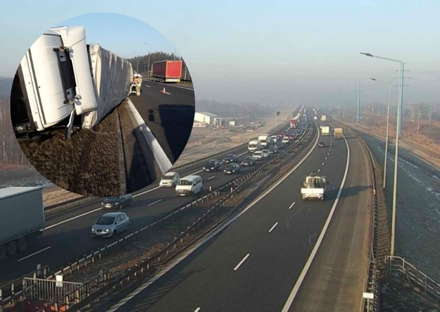 Wypadek na A4. Autostrada korkuje się