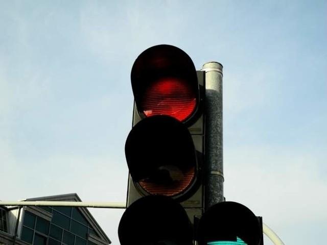 """Rejestratory działają na 5 białostockich skrzyżowaniach. Jest już ponad 1200 """"ofiar systemu""""."""