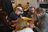 """Kawiarnia Żółty Młynek w Rybniku otwarta. """"Kasyna też otwarte - to czytelny przekaz, że nie o zdrowotność społeczeństwa chodzi"""""""