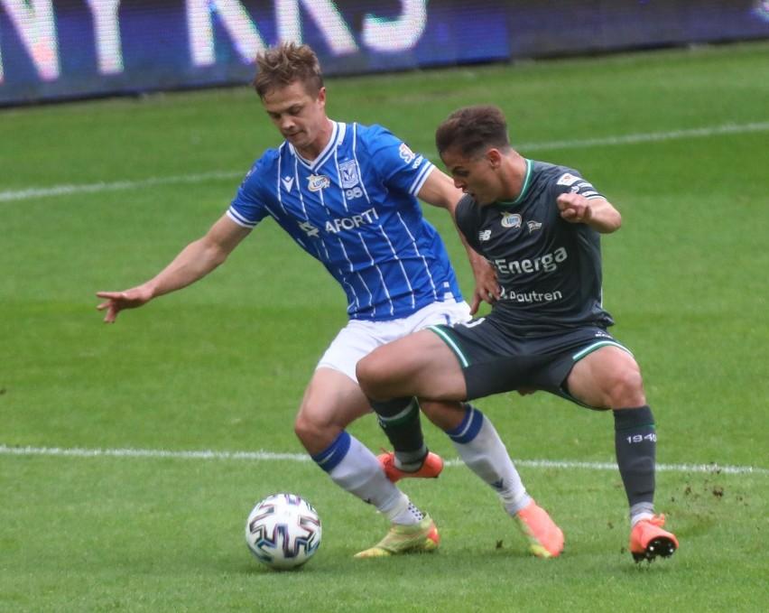 Transfer do FC Augsburg za 3 miliony euro we wrześniu 2020...