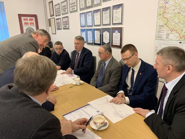 Ostrołęka. Umowa z wykonawcą dokumentacji projektowej mostu w Teodorowie podpisana