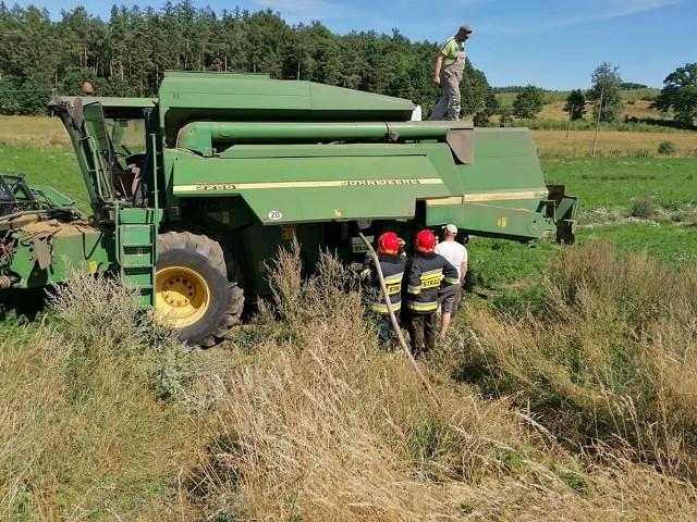 Ostatnio w naszym regionie nie ma dnia, aby nie doszło do pożarów pól i łąk oraz maszyn rolniczych (żniwa). Jest sucho z powodu utrzymujących się wysokich temperatur. Łatwo więc o zagrożenie. Pożary wybuchały m.in. w Kamnicy, Wyczechach, Zalesiu, Domisławiu.
