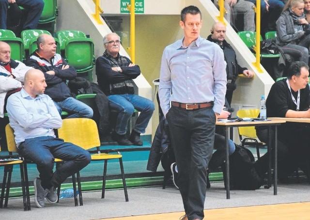 Zawodnicy Noteci Inowrocław spadli do drugiej ligi pod wodzą Milosa Sporara. Słoweński trener jest wysoko oceniany przez działaczy kujawskiego klubu, którzy podpisali z nim nowy kontrakt.