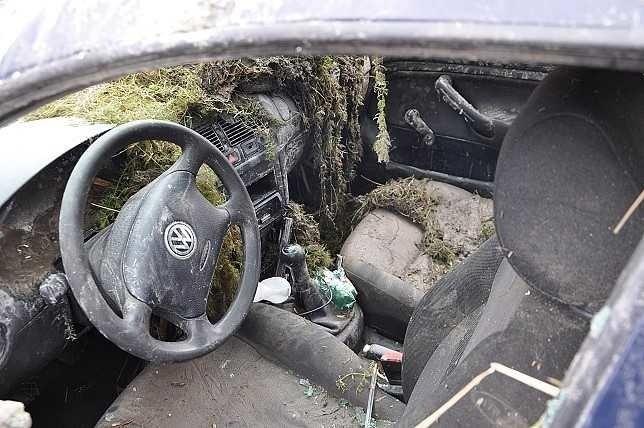 Kierowca golfa nie zatrzymał się bowiem do kontroli i nie...