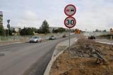 Trasa niepodległości. Drogowcy puszczają ruch na skrzyżowaniu ul. Klepackiej i Hetmańskiej