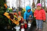 Wszystkich Świętych w Łódzkiem. Zobacz, jak wyglądały cmentarze w regionie [ZDJĘCIA]