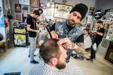 """Do fryzjera i kosmetyczki pójdziemy już w poniedziałek. """"Od 18 maja będą mogły funkcjonować zakłady fryzjerskie i kosmetyczne"""""""