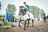 Majówka z koniem. Mściwoj Kiecoń wygrał konkurs Grand Prix. Zawody na osiedlu Szczepankowo Spławie odbyły się już po raz 16.