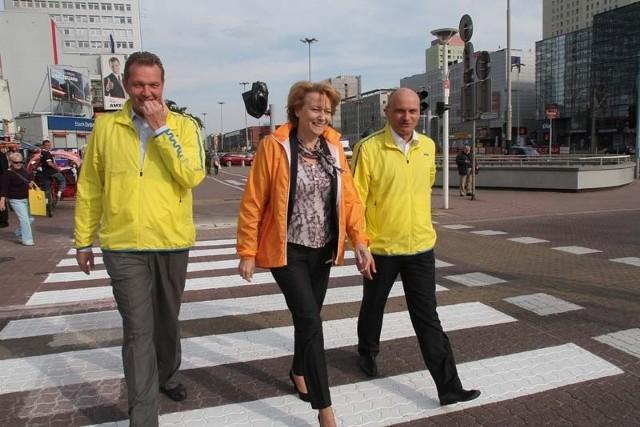 17 września 2012 r. prezydent Hanna Zdanowska i wiceprezydent Radosław Stępień otworzyli przejście dla pieszych przez Piotrkowską
