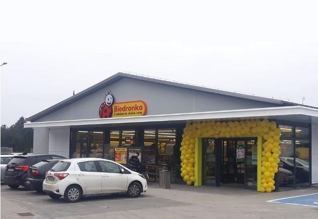 Nowy sklep Biedronki w Szpetalu Górnym (pod Włocławkiem). Otwarto go 10 listopada.