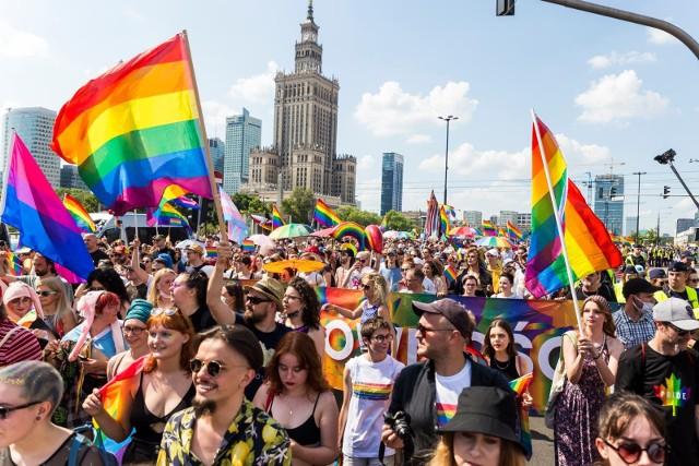"""Burza po słowach Przemysława Czarnka. """"Takie wypowiedzi to mechanizm obronny osób bojących się progresywnych zmian w społeczeństwie"""""""