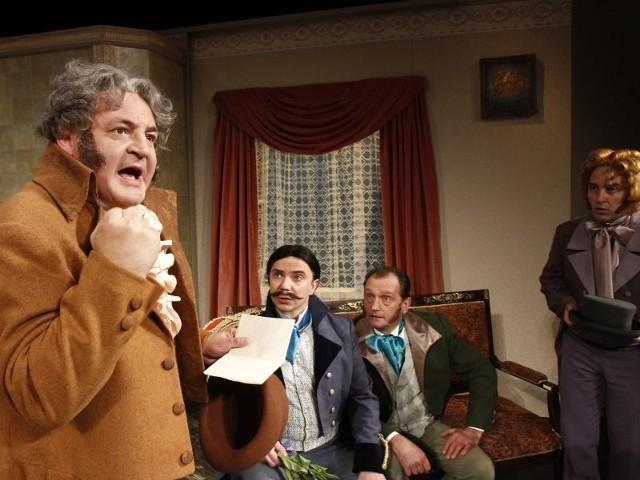 W głównych rolach zobaczymy m.in. (od lewej): Marka Tyszkiewicza, Macieja Radziwanowskiego, Wojciecha Wysockiego i Sławomira Popławskiego.